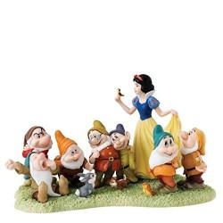 Figurine disney enchanting blanche neige et les sept nains - the fairest story tale