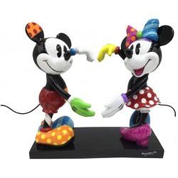 Figurine Disney Britto Mickey et Minnie formant un coeur avec leurs mains