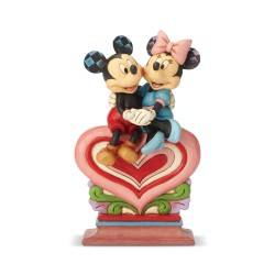 Figurine Disney Tradition Mickey et Minnie assis sur un coeur - Mickey et Minnie on Heart