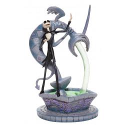 Figurine Disney Tradition Jack Skellington sur une Fontaine
