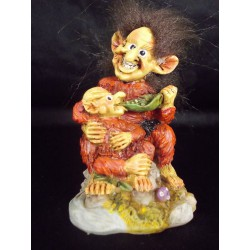 Figurine troll avec son bébé